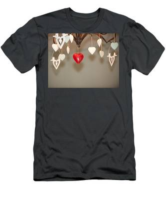 A Heart Among Hearts I Men's T-Shirt (Athletic Fit)