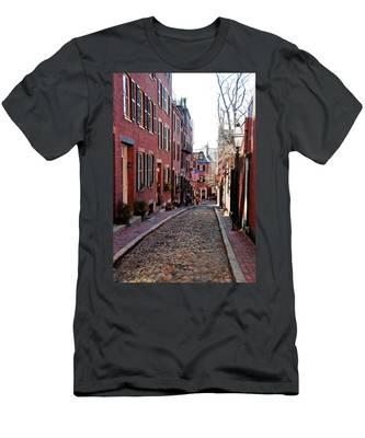 Acorn Street Beacon Hill Men's T-Shirt (Athletic Fit)