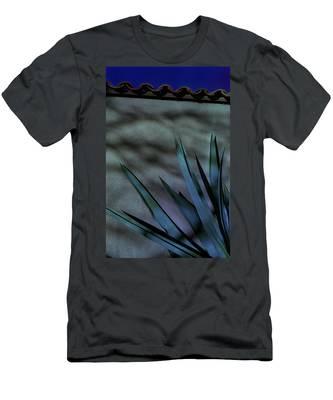 Aloe Cool Men's T-Shirt (Athletic Fit)