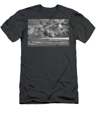 And The Rains Came 2 - Clouds Men's T-Shirt (Athletic Fit)