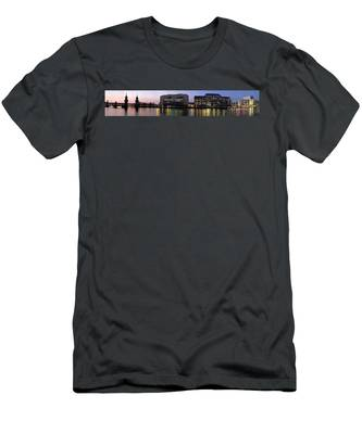 Men's T-Shirt (Athletic Fit) featuring the photograph Berlin 360 Grad  by Juergen Held