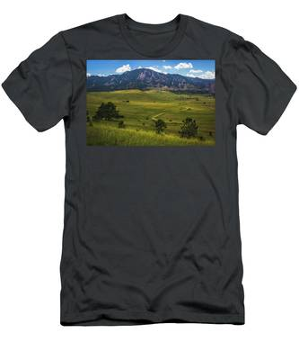 Men's T-Shirt (Athletic Fit) featuring the photograph Boulder Flatirons by Andy Konieczny