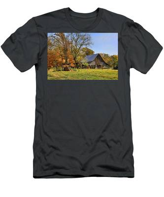 Country Barn And A Pink Flamingo By H H Photography Of Florida Men's T-Shirt (Athletic Fit)