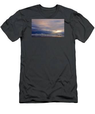 Dramatic Wave Sunrise Men's T-Shirt (Athletic Fit)