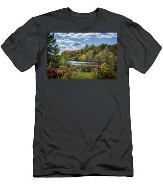 Fall Time On The Lake Men's T-Shirt (Athletic Fit)