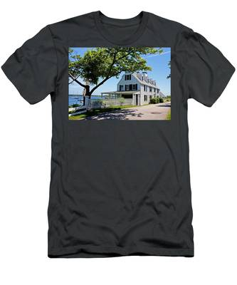 George Walton House In Newcastle Men's T-Shirt (Athletic Fit)