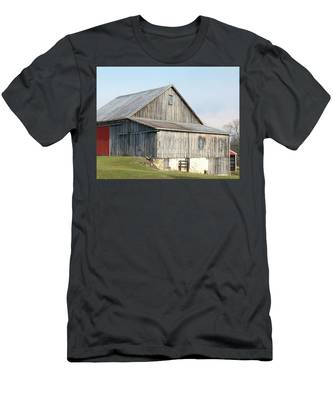 Rustic Barn Men's T-Shirt (Athletic Fit)