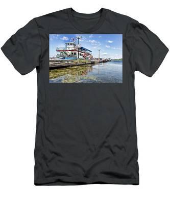 Island Princess At Harbour Dock Men's T-Shirt (Athletic Fit)