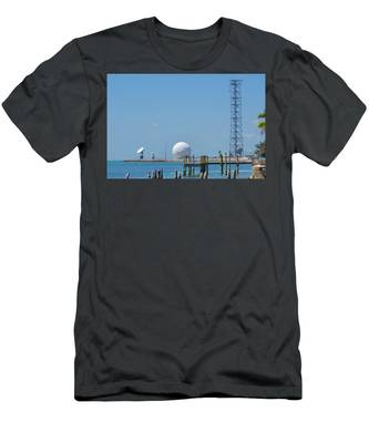 Keeping An Eye Out Men's T-Shirt (Athletic Fit)