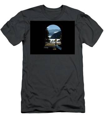 Lake Louise Inside View Men's T-Shirt (Athletic Fit)