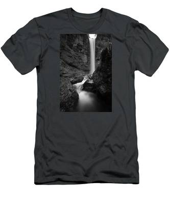 Leuenfall In Black And White Men's T-Shirt (Athletic Fit)