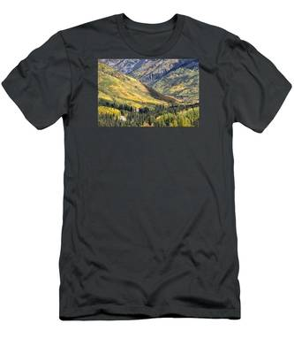 Million Dollar Highway Men's T-Shirt (Athletic Fit)
