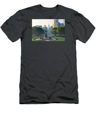 Men's T-Shirt (Athletic Fit) featuring the photograph Philadelphia Benjamin Franklin Parkway by Bill Cannon