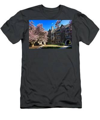 Princeton University Pyne Hall Courtyard Men's T-Shirt (Athletic Fit)