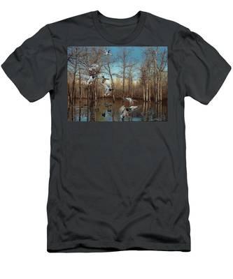 Reydel Hole Men's T-Shirt (Athletic Fit)