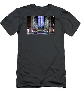 Rockefeller Center Men's T-Shirt (Athletic Fit)
