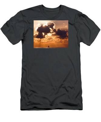 Sun Peek Sailboat Men's T-Shirt (Athletic Fit)