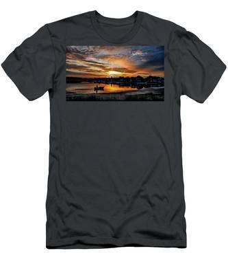 Sunrise At Back Cove Men's T-Shirt (Athletic Fit)