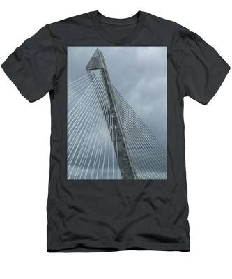 Terenez Bridge IIi Men's T-Shirt (Athletic Fit)