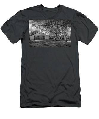 The Livery Stable And Oak Men's T-Shirt (Athletic Fit)