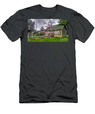 The Old Library At Beavertown Men's T-Shirt (Athletic Fit)