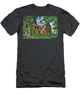 The Spencer-peirce-little House In Spring Men's T-Shirt (Athletic Fit)