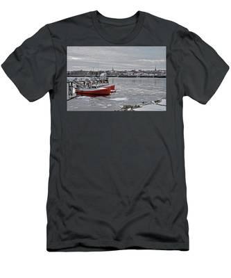 Winter At Newburyport Harbor Men's T-Shirt (Athletic Fit)