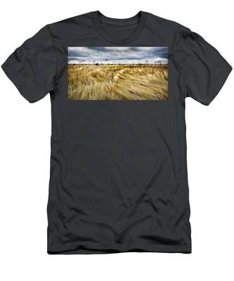 Men's T-Shirt (Athletic Fit) featuring the photograph Blonde On Blonde by Carl Young
