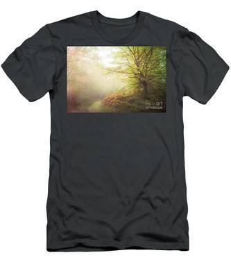 Broceliand Path Men's T-Shirt (Athletic Fit)