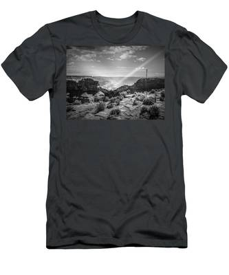 Eagle Rock, Grand Canyon In Black And White Men's T-Shirt (Athletic Fit)