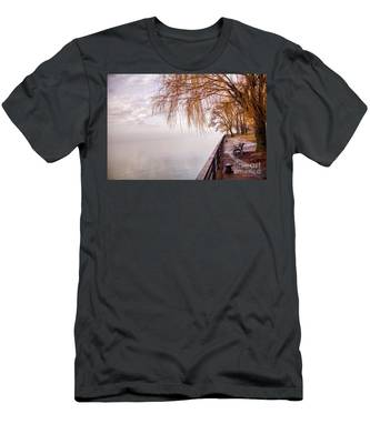 Foggy Niagara Men's T-Shirt (Athletic Fit)