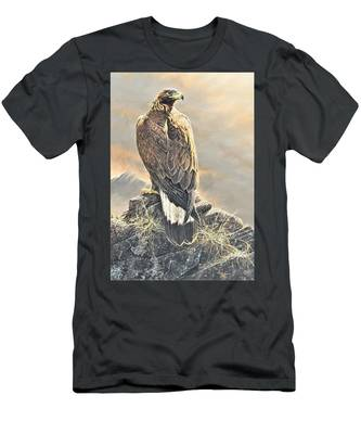 Highlander - Golden Eagle Men's T-Shirt (Athletic Fit)