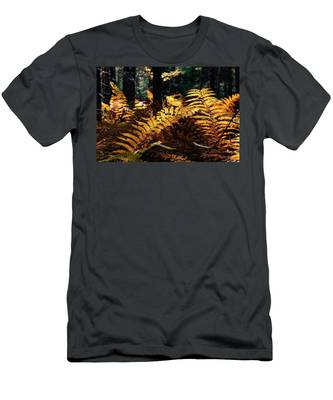 Men's T-Shirt (Athletic Fit) featuring the photograph Maine Autumn Ferns by Jeff Folger