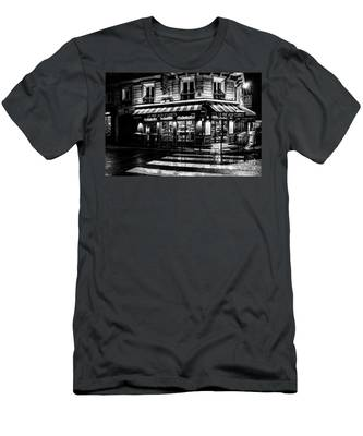 Paris At Night - Rue Bonaparte Men's T-Shirt (Athletic Fit)