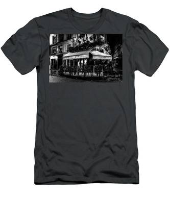 Paris At Night - Rue De Buci Men's T-Shirt (Athletic Fit)