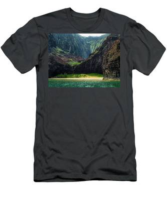 Secluded Kalalau Beach Men's T-Shirt (Athletic Fit) by Andy Konieczny