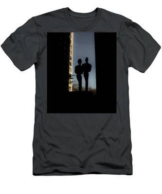 Sihlouette Men's T-Shirt (Athletic Fit)