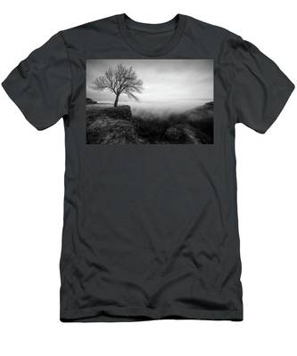 Men's T-Shirt (Athletic Fit) featuring the photograph Thacher Scenic Overlook by Brad Wenskoski