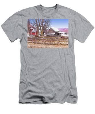 Cows At Jenne Farm Men's T-Shirt (Athletic Fit)