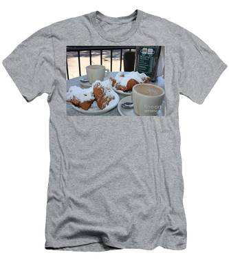 New Orleans Breakfast Men's T-Shirt (Athletic Fit)