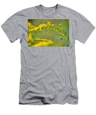 Golden Perch Men's T-Shirt (Athletic Fit)