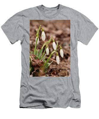 Snow Drops Men's T-Shirt (Athletic Fit)