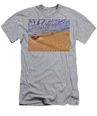 Magic Of The Dunes Men's T-Shirt (Athletic Fit)
