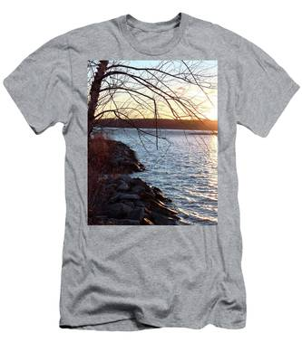Late-summer Riverbank Men's T-Shirt (Athletic Fit)