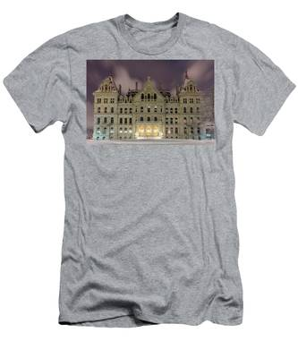 Men's T-Shirt (Athletic Fit) featuring the photograph Capitol Snow by Brad Wenskoski