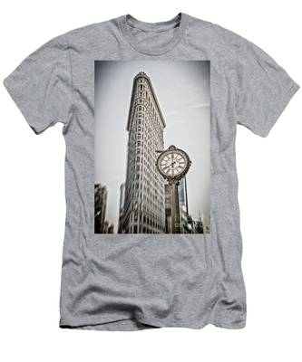 Men's T-Shirt (Athletic Fit) featuring the photograph Flat Iron Building by Juergen Held
