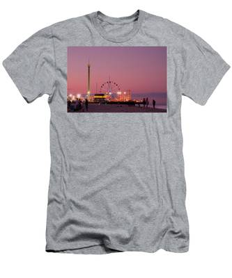 Funtown Pier At Sunset IIi - Jersey Shore Men's T-Shirt (Athletic Fit)