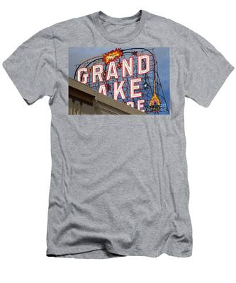 Grand Lake Theatre . Oakland California . 7d13495 Men's T-Shirt (Athletic Fit)