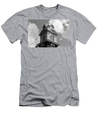Historic Courthouse Steeple In Bw Men's T-Shirt (Athletic Fit)