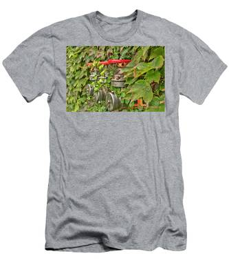 Ivy Standpipe Men's T-Shirt (Athletic Fit)